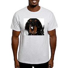 Gordon Setter Pup: Fun in the Snow Ash Grey T-Shir
