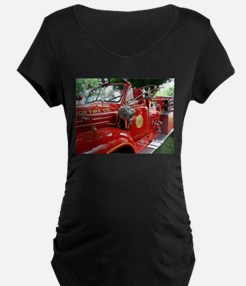 red fire engine 1 Maternity T-Shirt
