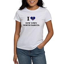 I love New Town North Dakota T-Shirt