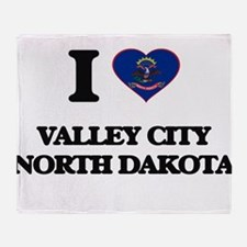 I love Valley City North Dakota Throw Blanket