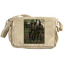 Washington DC war memorial Messenger Bag
