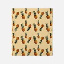 cute pineapple pattern Throw Blanket