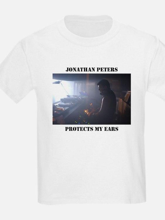 JP protecting my ears Kids T-Shirt