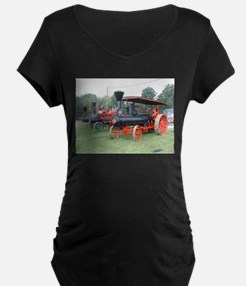 steam engine trains in a row Maternity T-Shirt