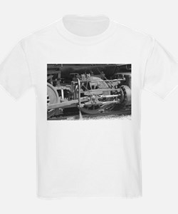 Old train black and white T-Shirt