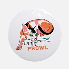 Abyssinian cat on the prowl Ornament (Round)