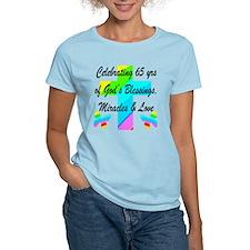 65 YR OLD PRAYER T-Shirt