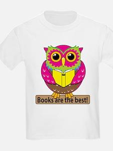 Owls Books Best T-Shirt