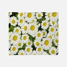 white daises Throw Blanket