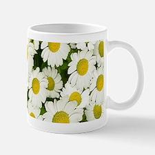 white daises Mugs