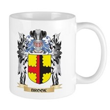 Brook Coat of Arms - Family Crest Mugs