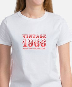 VINTAGE 1966 aged to perfection-red 400 T-Shirt