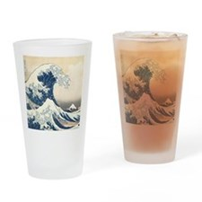 wave hello Drinking Glass