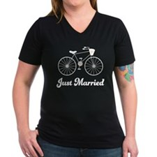 Just Married bicycle Women's V-Neck Dark T-Shirt