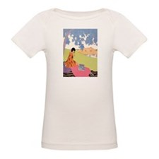 VOGUE - Woman Reading in the Tee
