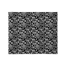 Cute Doodle Hearts Pattern Backgroun Throw Blanket