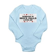 Cute Someone in las vegas loves me Long Sleeve Infant Bodysuit