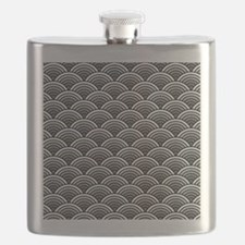 Sophisticated Scallop in Black and White Flask