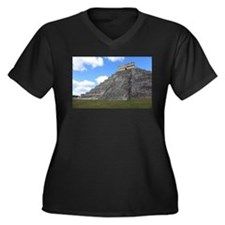 Chichen Itza Temple of Kukulcan Plus Size T-Shirt