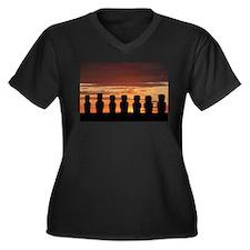 Easter Island Moai at Sunrise Plus Size T-Shirt