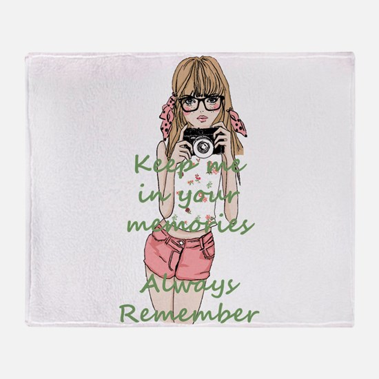 Keep me in your memory Throw Blanket