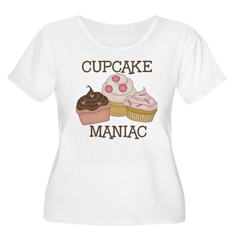 Cupcake Maniac Women's Plus Size Scoop Neck T-Shir