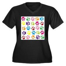 Multiple Rainbow Paw Print Desig Plus Size T-Shirt