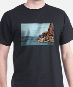 Lake Powell, Glen Canyon, Arizona, USA 6 T-Shirt