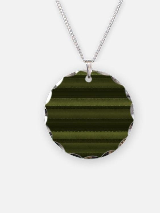 Elegant Olive Green Stripes Necklace