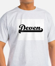 Deven Classic Retro Name Design T-Shirt