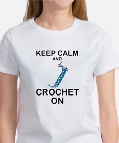 CROCHET - KEEP CALM AND CROCHET ON T-Shirt