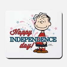Linus - Happy Independence Day Mousepad