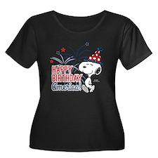 Snoopy - Women's Plus Size Scoop Neck Dark T-Shirt