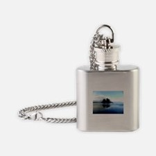 Long Beach with Contrast Tweak Flask Necklace
