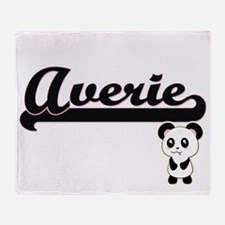 Averie Classic Retro Name Design wit Throw Blanket