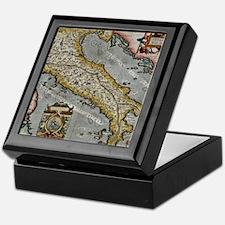 Vintage Map of Italy (1584) Keepsake Box