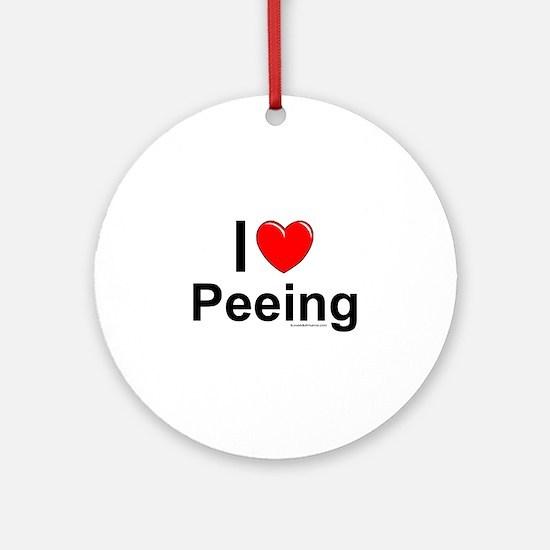 Peeing Ornament (Round)