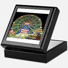 Coney Island's wonderous Wonder Wheel Keepsake Box