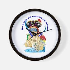 No Seas Un Pirata De Agua! Wall Clock