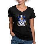 Bethune Family Crest Women's V-Neck Dark T-Shirt