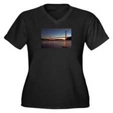 Golden Gate Bridge Women's Plus Size V-Neck Dark T