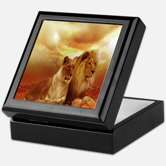Africa Lion and Lioness Keepsake Box