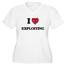 I love EXPLOITING Plus Size T-Shirt