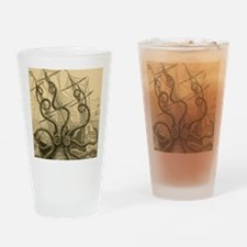 Kraken attack Drinking Glass