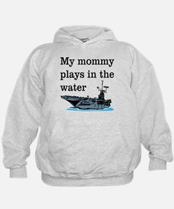 MOMMY PLAYS IN THE WATER 1 Hoodie