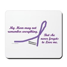 Never Forgets To Love (Mom) Mousepad