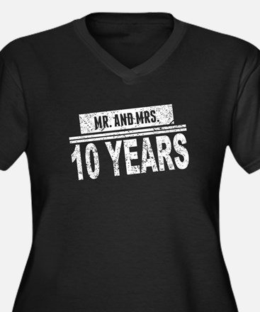 Mr. And Mrs. 10 Years Plus Size T-Shirt