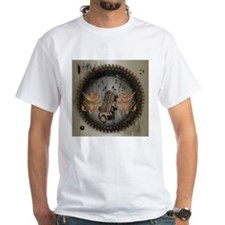 Microphone with lion T-Shirt