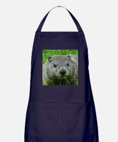 Woodchuck eating Apron (dark)