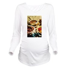 Chili with Cornbread Long Sleeve Maternity T-Shirt